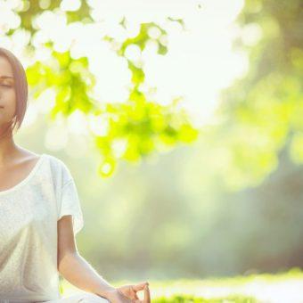 瞑想の効果を上げるアロマの使い方